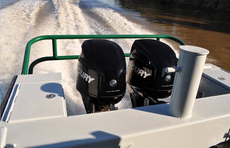 Aluminum Center Console Patrol Boats : Courageous metal shark