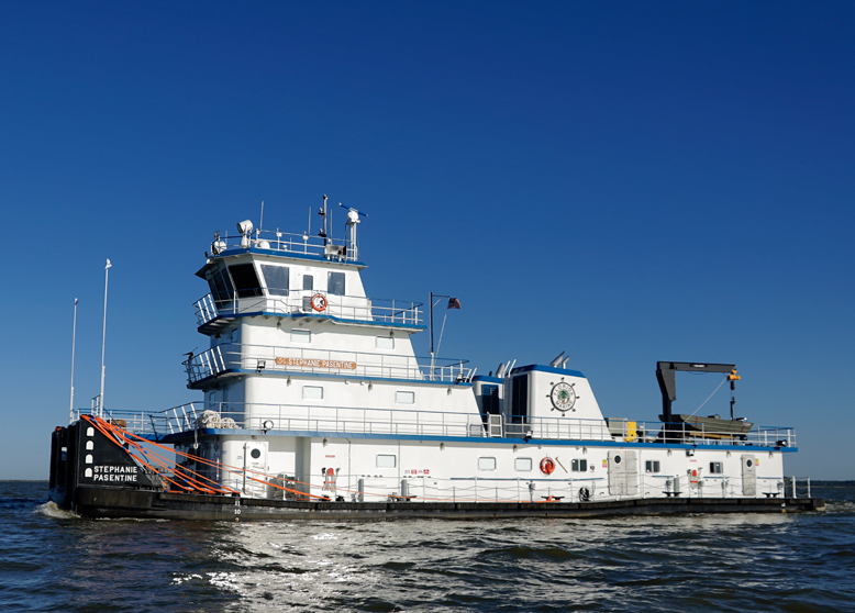 May 4th, 2020: Metal Shark Alabama Delivers Steel Inland Towboat to Florida Marine Transporters, Inc.